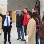 Grupo de autogestores visitan una exposición